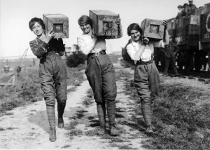 Women carrying boxes of shells 1914.