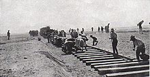 Long Long Trail.Railway_construction_across_the_Sinai_during_World_War_I_Aust_OH_Photo_597