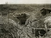 wiki Official_Photographs_taken_on_the_Front_in_France_-_A_German_front_line_trench_before_Gommecourt_(15560801016)